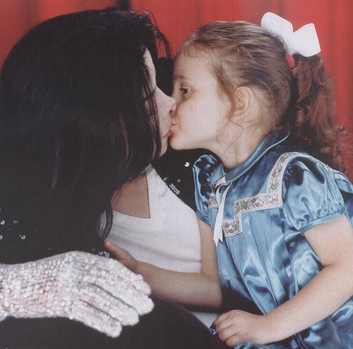 Foto di Michael e i bambini - Pagina 11 37334210