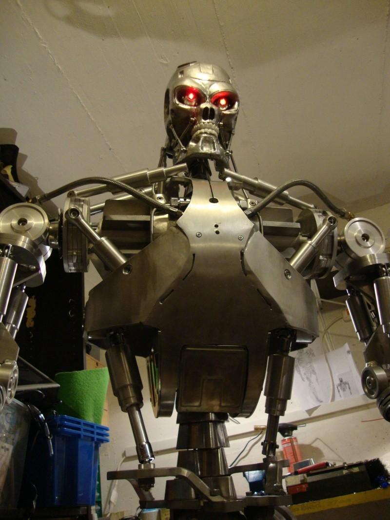 Terminator T800 échelle 1 en aluminium Dsc00215
