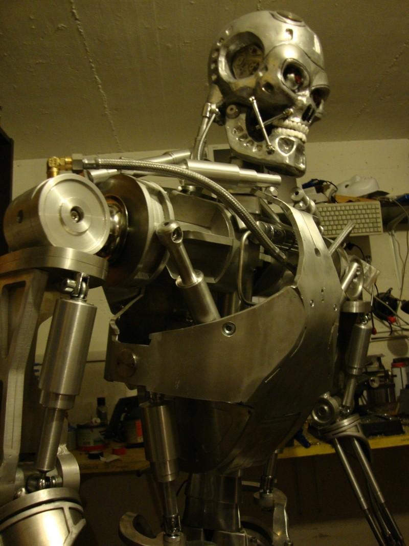 Terminator T800 échelle 1 en aluminium Dsc00217