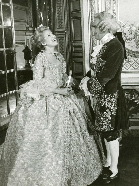 Série (HBO) : Catherine The Great, avec Helen Mirren Du_bar10