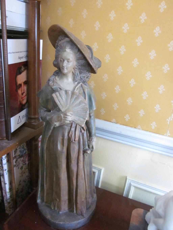 Marie-Antoinette par Jacques Boéro, statues et statuettes Img_1621
