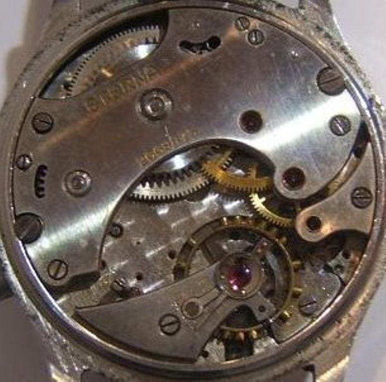 Jaeger -  [Postez ICI les demandes d'IDENTIFICATION et RENSEIGNEMENTS de vos montres] - Page 42 Eterna11