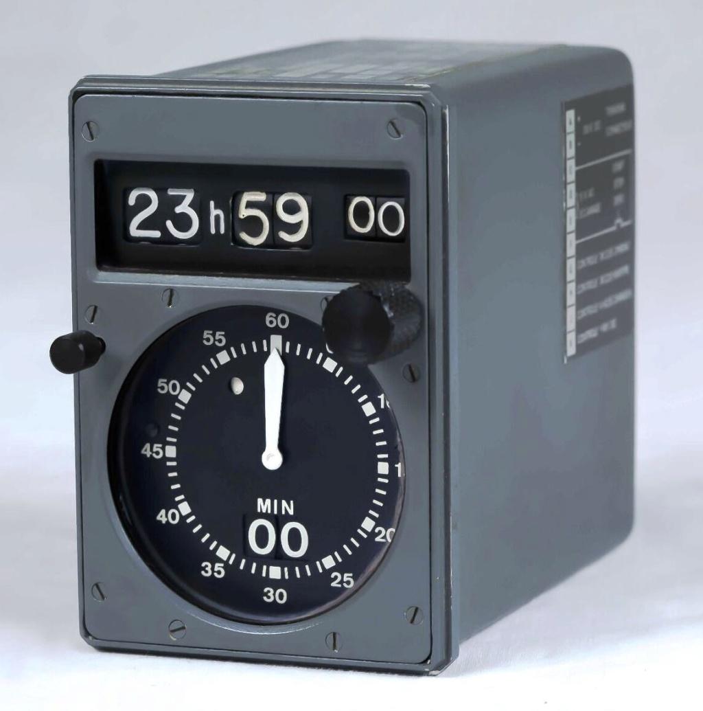 Le Concorde et les montres - Page 3 Web01_22
