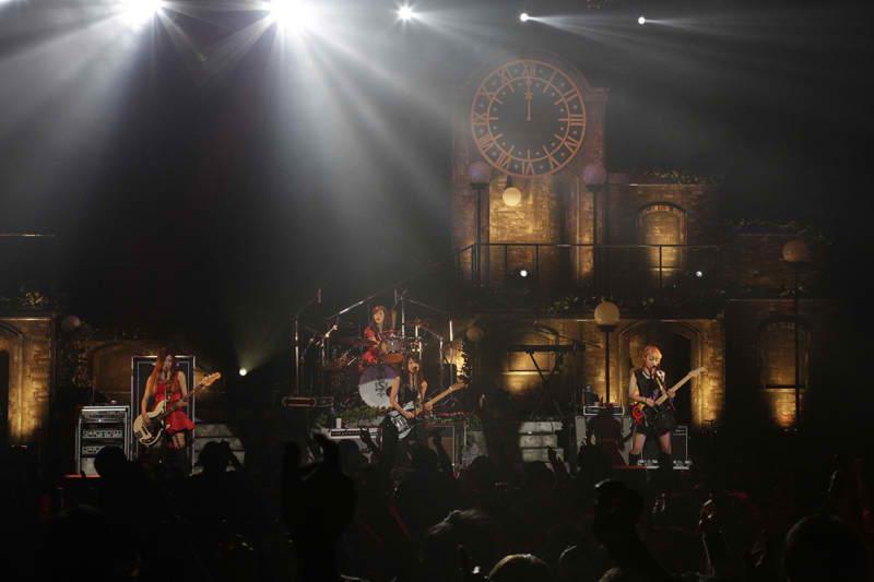 SCANDAL HALL TOUR 2012「Queens are trumps-Kirifuda wa Queen-」 - Page 4 Scanda13