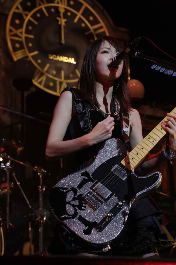 SCANDAL HALL TOUR 2012「Queens are trumps-Kirifuda wa Queen-」 - Page 4 Scanda14