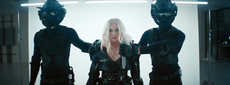 FALL IN LINE (Christina Aguilera&Demi Lovato) Leadte15