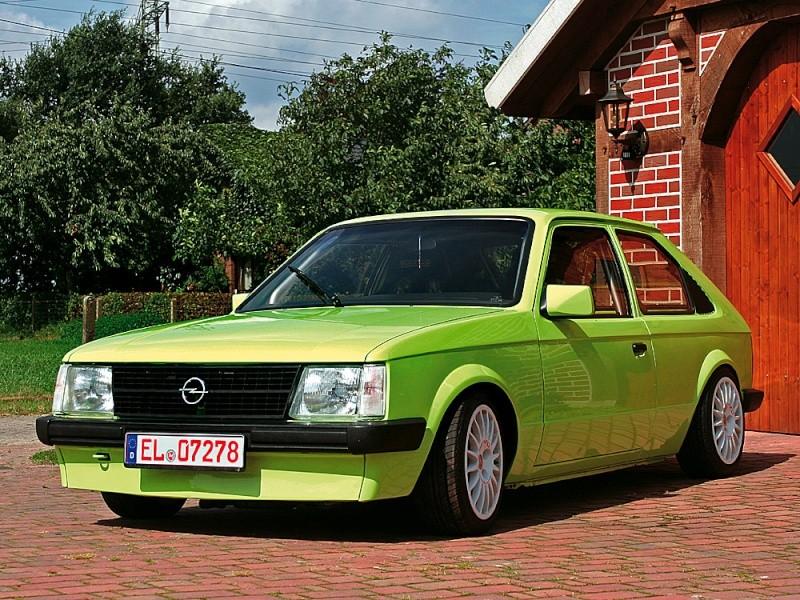 OPEL KADETT D - CZ i z venku :-) - Stránka 5 Opel-k10