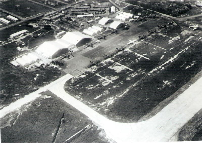 [Opérations de guerre] Aux anciens de l'état-major aéro UM Saïgon 73101811