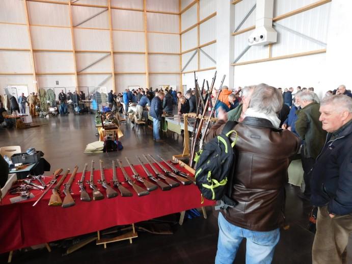 Quimper Bourse aux Armes et Militaria 2019 Dscn4419