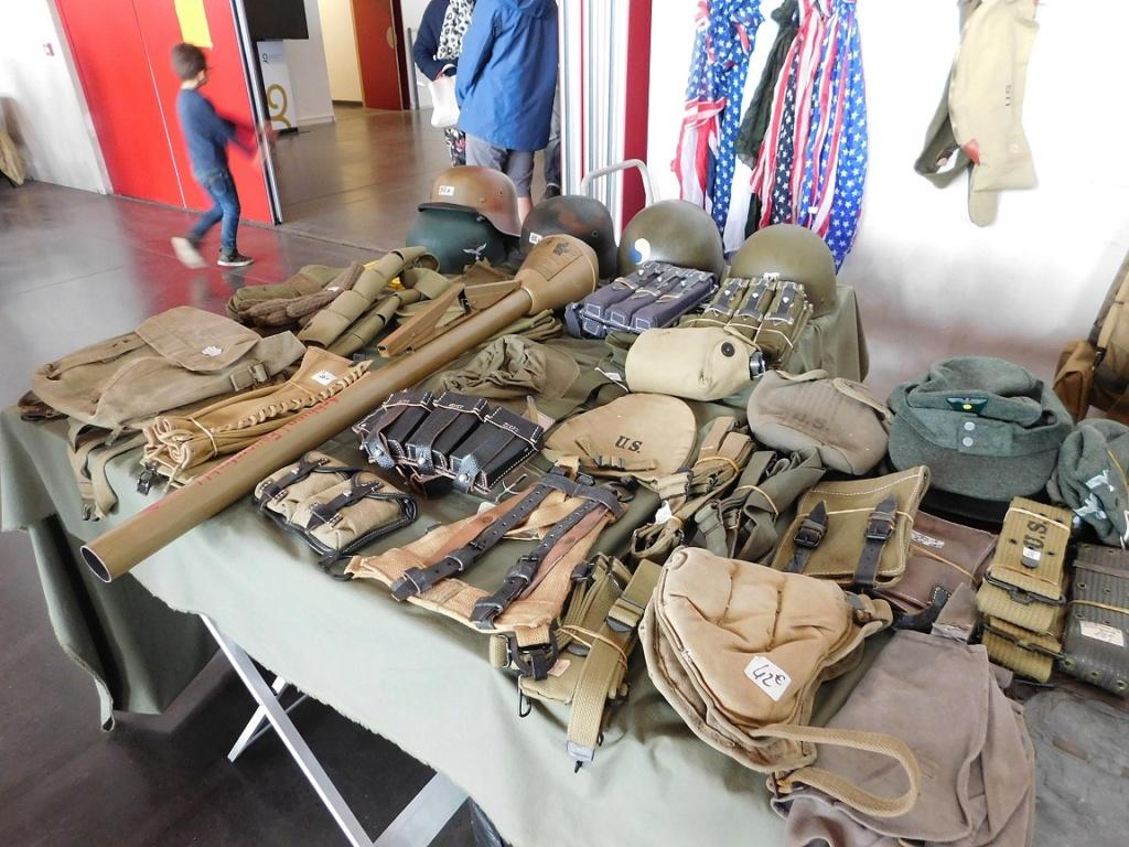 Quimper Bourse aux Armes et Militaria 2019 Dscn4428