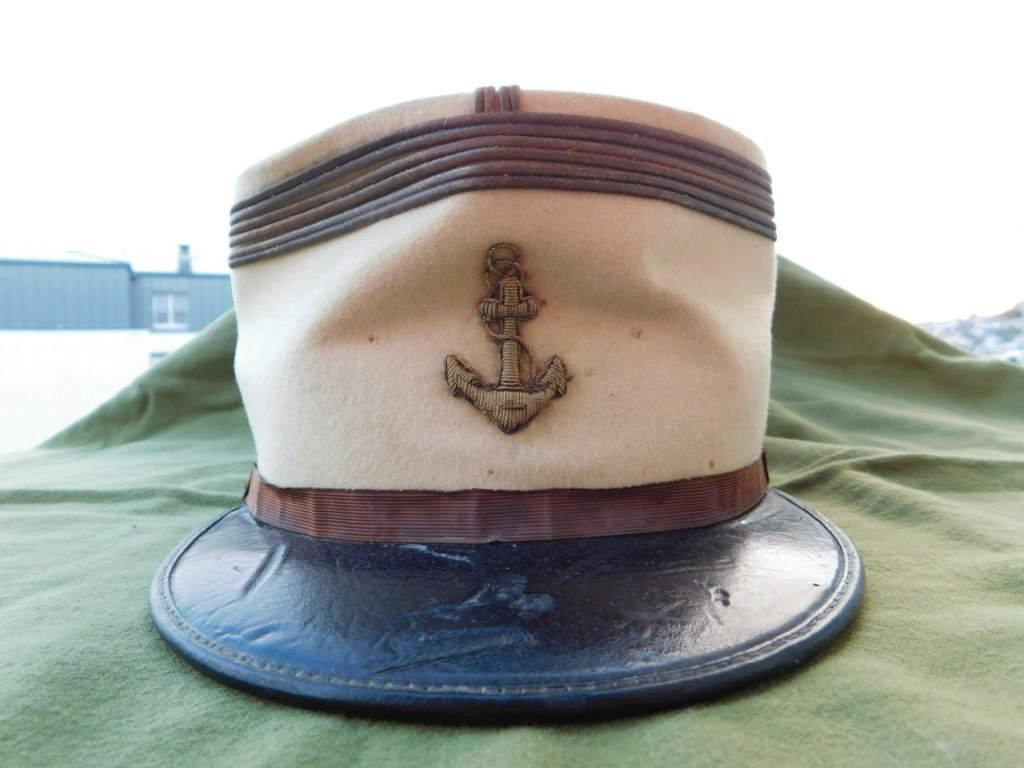 Képi de capitaine de la Coloniale...Méhariste 1920 Dscn6210
