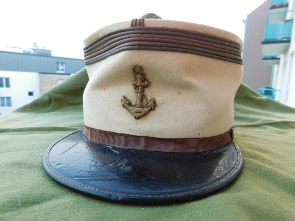 Képi de capitaine de la Coloniale...Méhariste 1920 Dscn6211