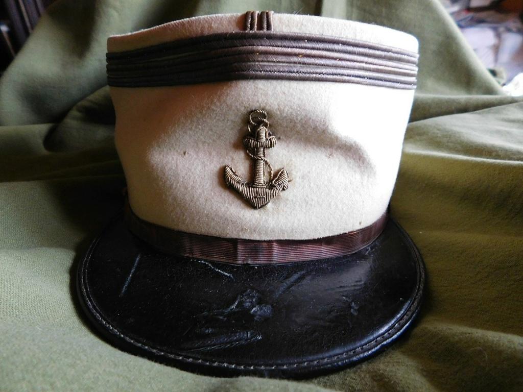 Képi de capitaine de la Coloniale...Méhariste 1920 Dscn6215