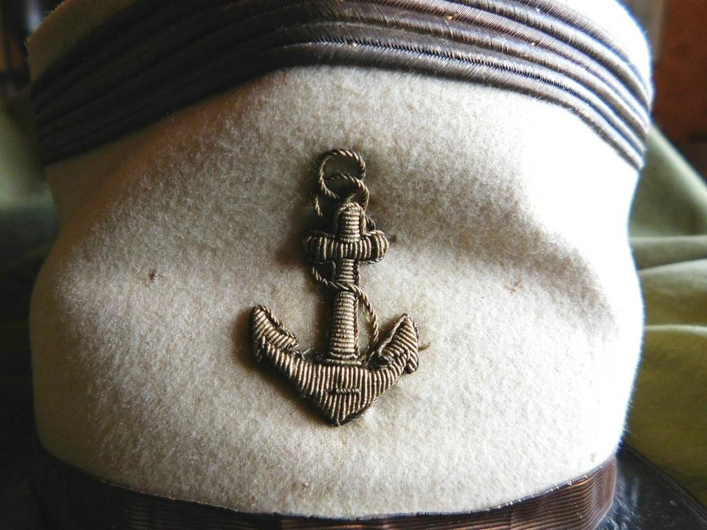 Képi de capitaine de la Coloniale...Méhariste 1920 Dscn6216
