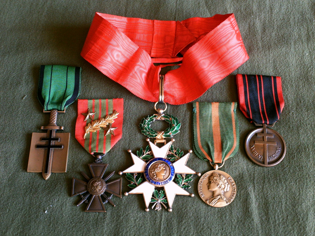 Question Croix de Guerre : citation à l'ordre de l'armée palme argent Pict0010