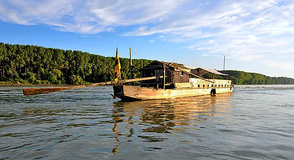 Kanonier-Schaluppe autrichienne sur le Rhin en 1795 ? Tschai10