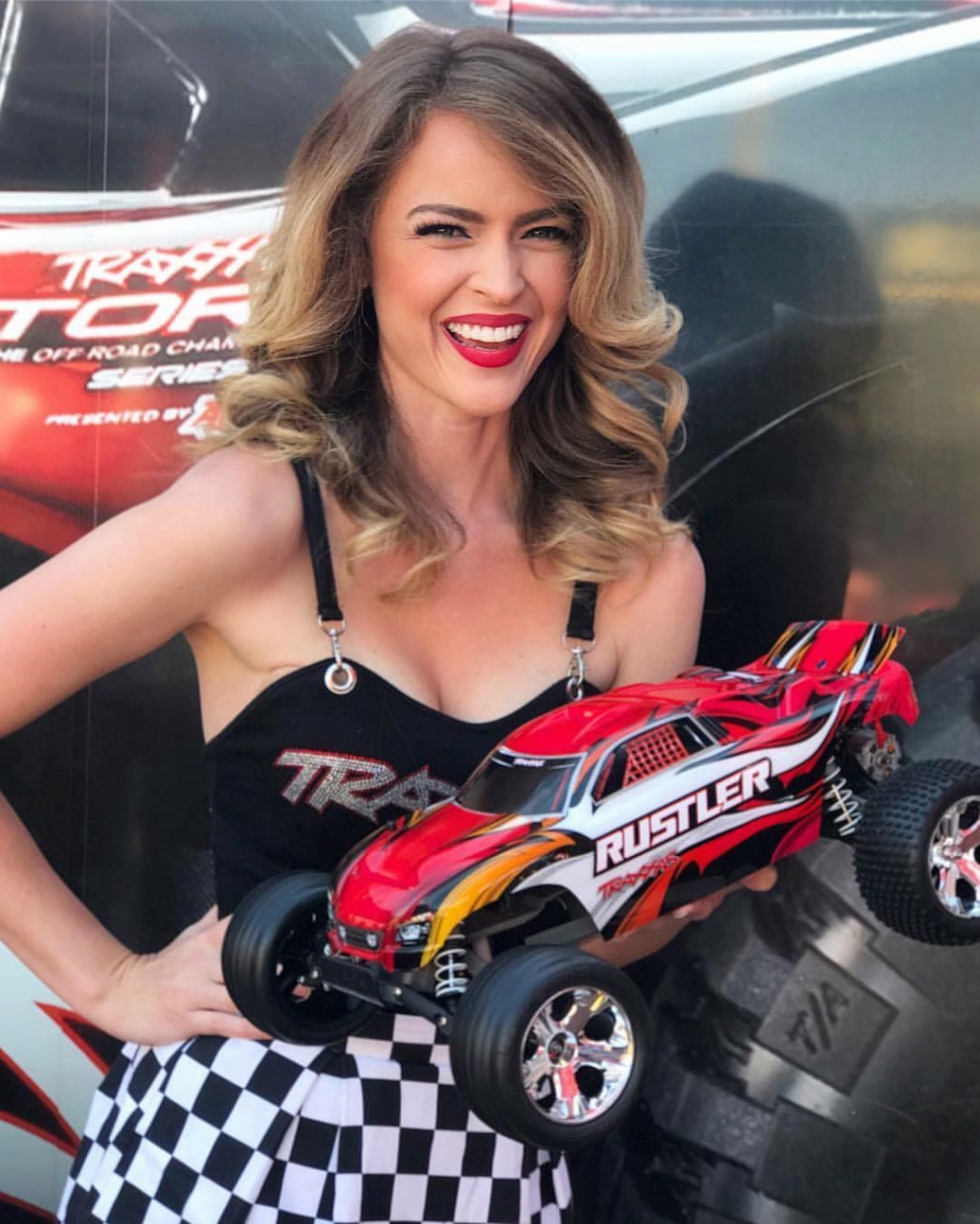 Auto RC-Girls - Page 7 23416611