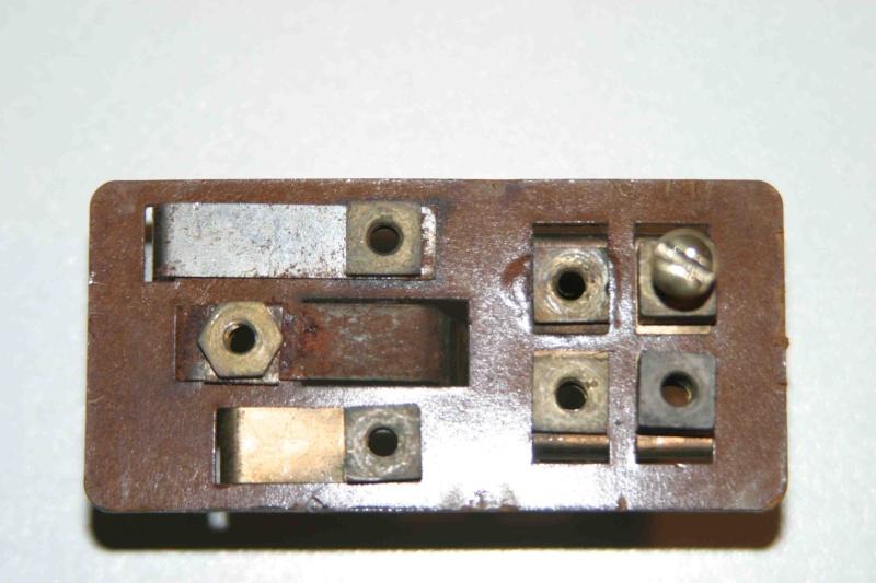 L'électricité pour les Nuls : le commodo de phares (5 et 7 plots) [à déplacer.Mis dans sommaire] Img_4521