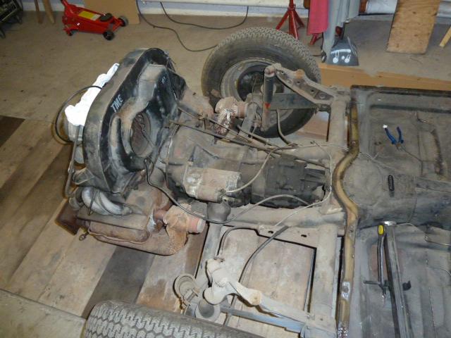 denis du bas rhin et sa Karmann Ghia de 73 sortie de grange - Page 6 P1070811