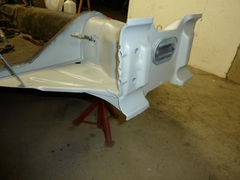 denis du bas rhin et sa Karmann Ghia de 73 sortie de grange - Page 6 P1080212