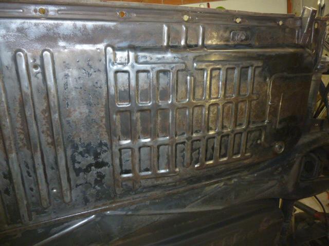 denis du bas rhin et sa Karmann Ghia de 73 sortie de grange - Page 6 P1080223