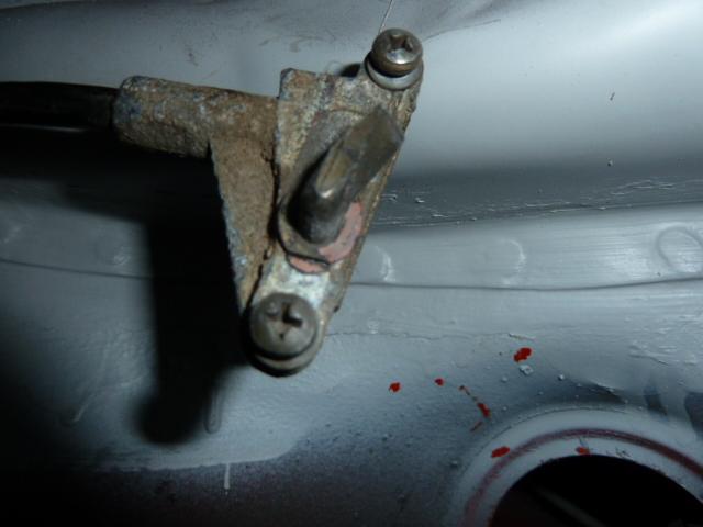 Trappe à essence type 14 P1080418