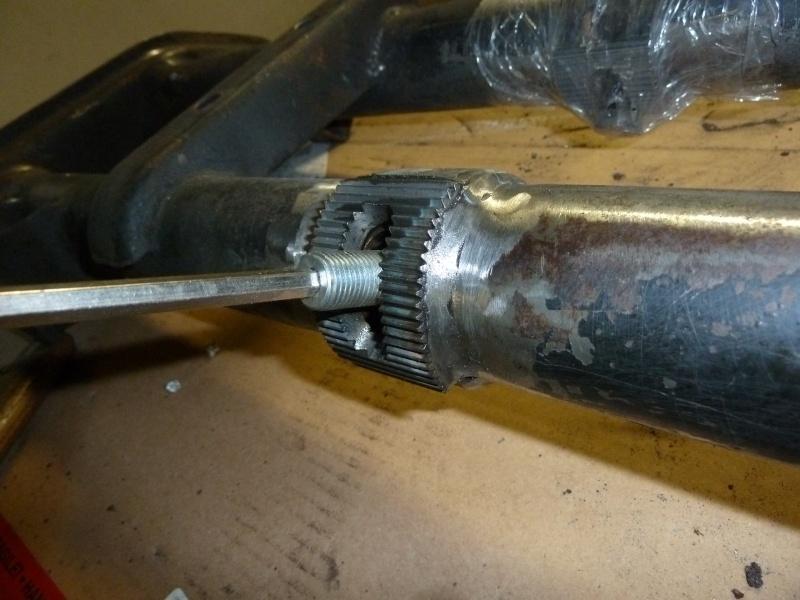 denis du bas rhin et sa Karmann Ghia de 73 sortie de grange - Page 7 P1080512