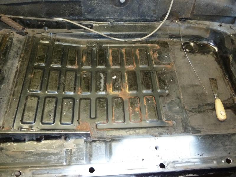 denis du bas rhin et sa Karmann Ghia de 73 sortie de grange - Page 7 P1080716