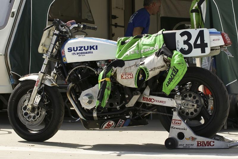 SUZUKI Superbike spirit Street22