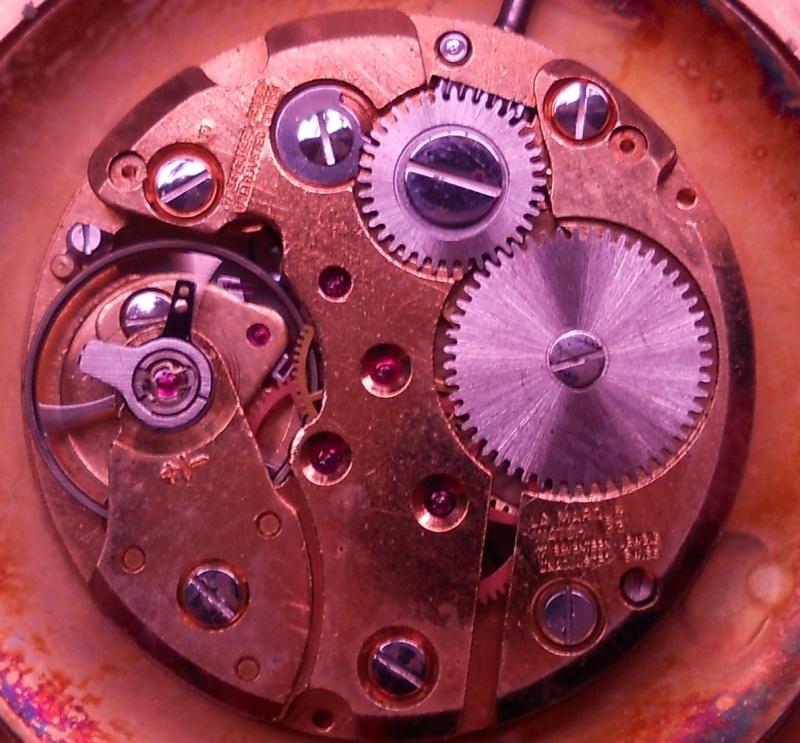 Breitling - [Ici TOPIC des demandes d'IDENTIFICATION et RENSEIGNEMENTS de vos montres] Lm210