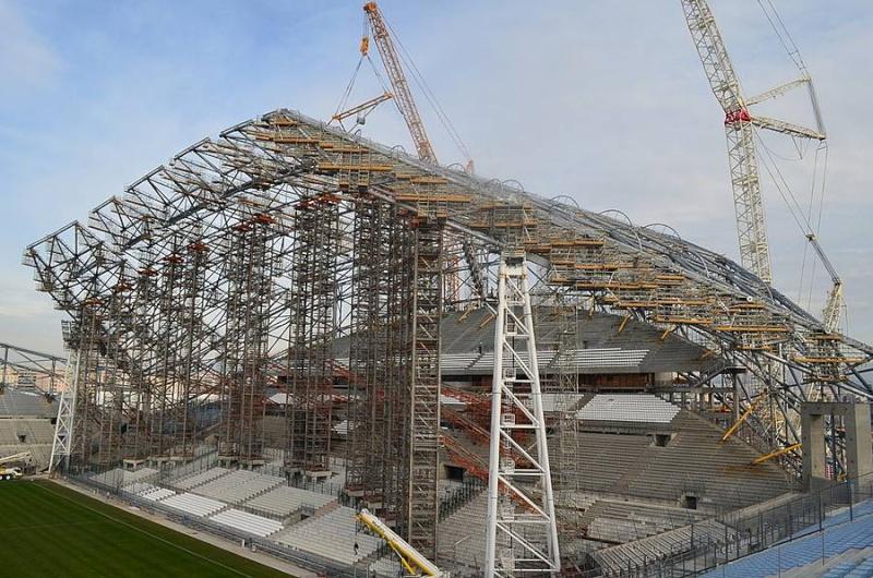 Stade Vélodrome (67,000 places fin estimée Juin 2014) - Page 2 310