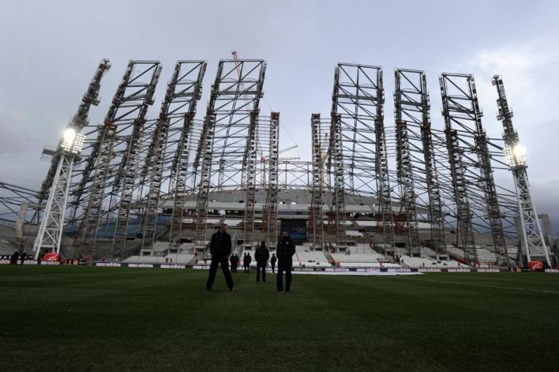 Stade Vélodrome (67,000 places fin estimée Juin 2014) - Page 2 Intari10