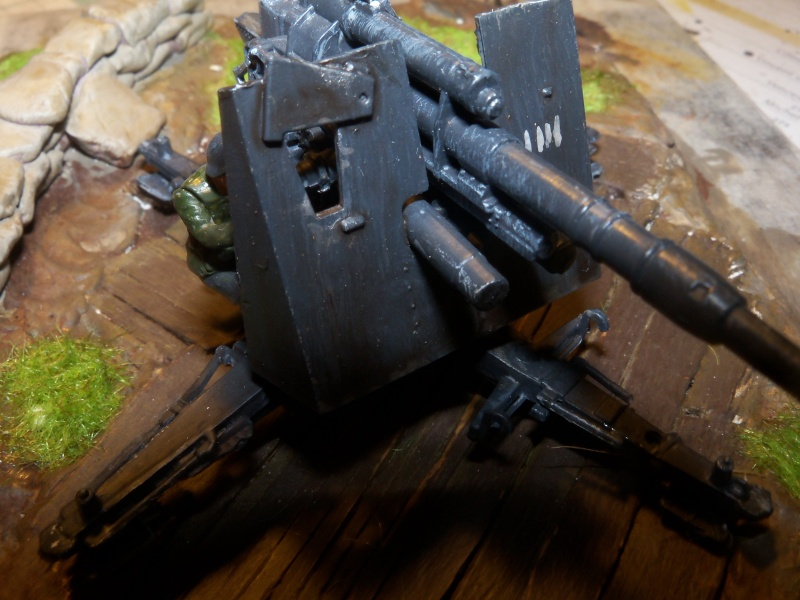 Position de tir flak 88mm (zevzda)  1/72 - Page 2 100_4612