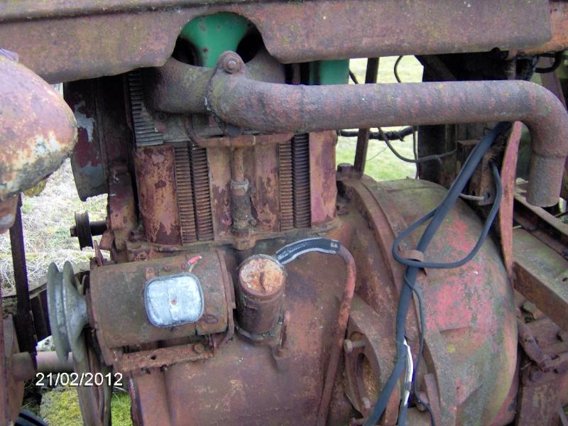 FARMALL a moteur DEUTZ F2L 514 Hpim0813