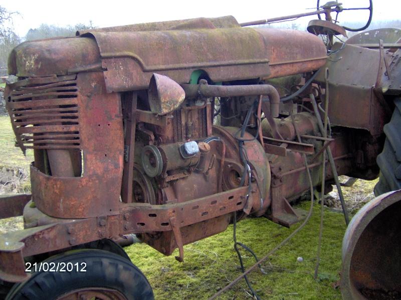 FARMALL a moteur DEUTZ F2L 514 Hpim0833