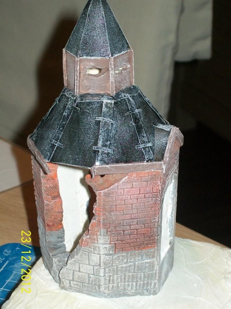 Tigre  [AFV CLUB - 1/48°] et la Chapelle de HALLOUX détruite en 1944 ( Diorama terminé ).  03710