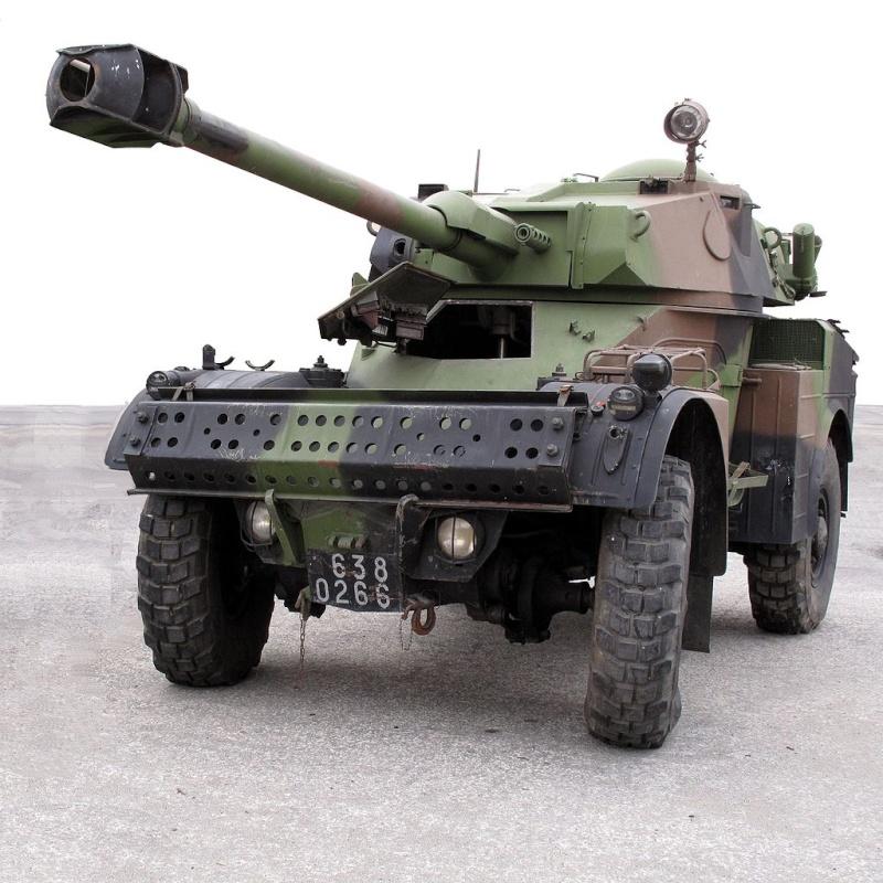 Quid de l'armement français (resté en France) durant l'occupation, stocké, utilisé, détruit? 1024px10