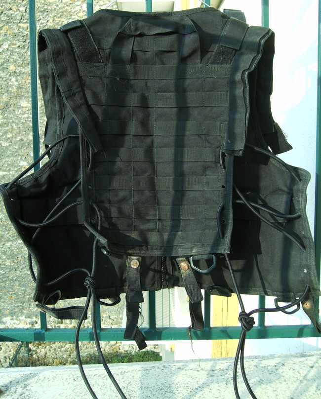 Afghan Made Tactical Vest used by French SF Imag0111