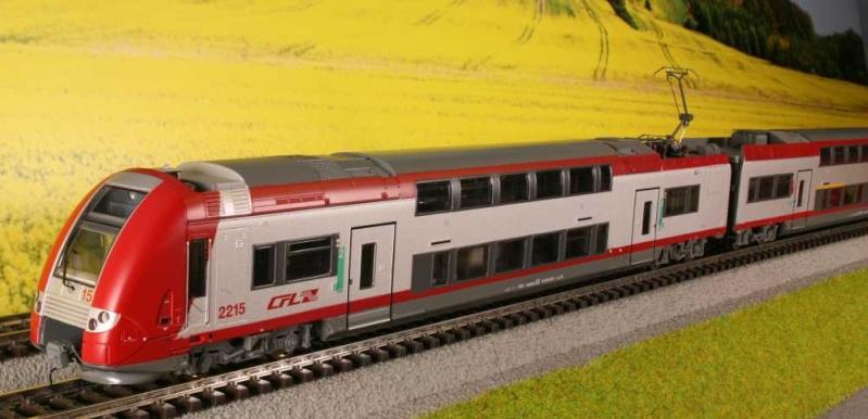 CFL série 2200  Hr220011