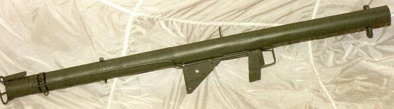 Le lance roquette * U.S. M1 A1 de 2,36 pouces (60mm). ( * Rocket Launcher * ) Lfac_a13