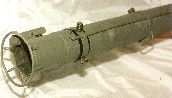 Le lance roquette * U.S. M1 A1 de 2,36 pouces (60mm). ( * Rocket Launcher * ) Lfac_a14