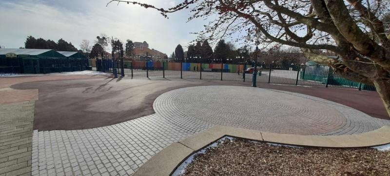 Esplanade : Nouvel Aménagement entre les Parcs, la Gare et DV - Page 27 20210211