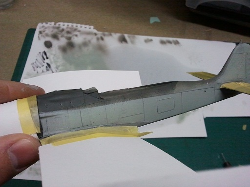 FW190 A8/R8 - 1/48 - Page 5 Feathe10