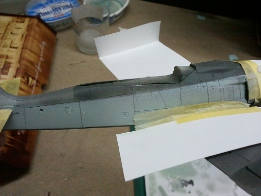 FW190 A8/R8 - 1/48 - Page 5 Feathe11