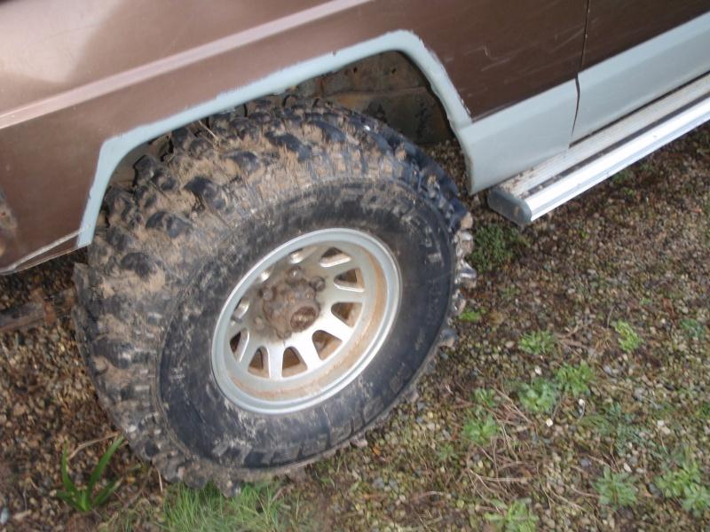 Vend pneu TT 265/75/15(vendu) P1260112