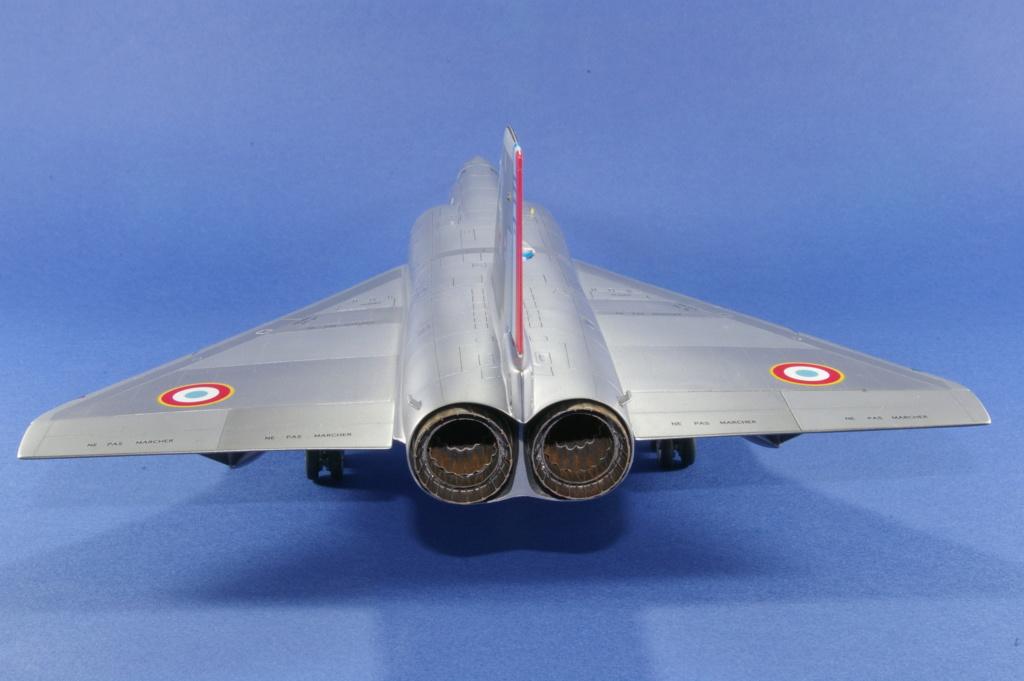 Mirage IVA Heller 1/48ème - Vitrine Imgp6822