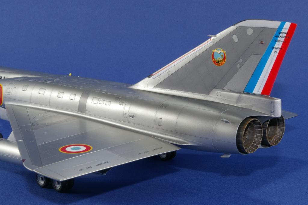 Mirage IVA Heller 1/48ème - Vitrine Imgp6824