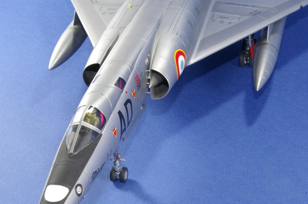 Mirage IVA Heller 1/48ème - Vitrine Imgp6826