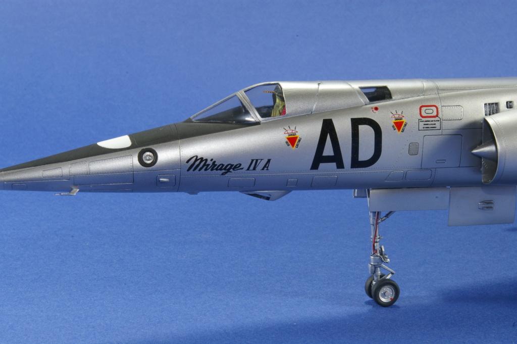 Mirage IVA Heller 1/48ème - Vitrine Imgp6827