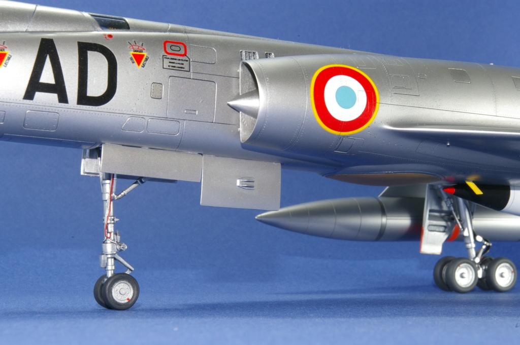 Mirage IVA Heller 1/48ème - Vitrine Imgp6917